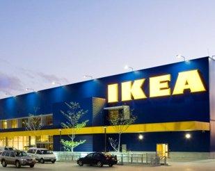 IKEA utilise voix off anglaise